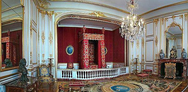 600px-Chambre_du_roi_Louis_XIV.jpg